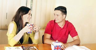 "Club de conversatie ""English Over a Cup of ICE Tea"""